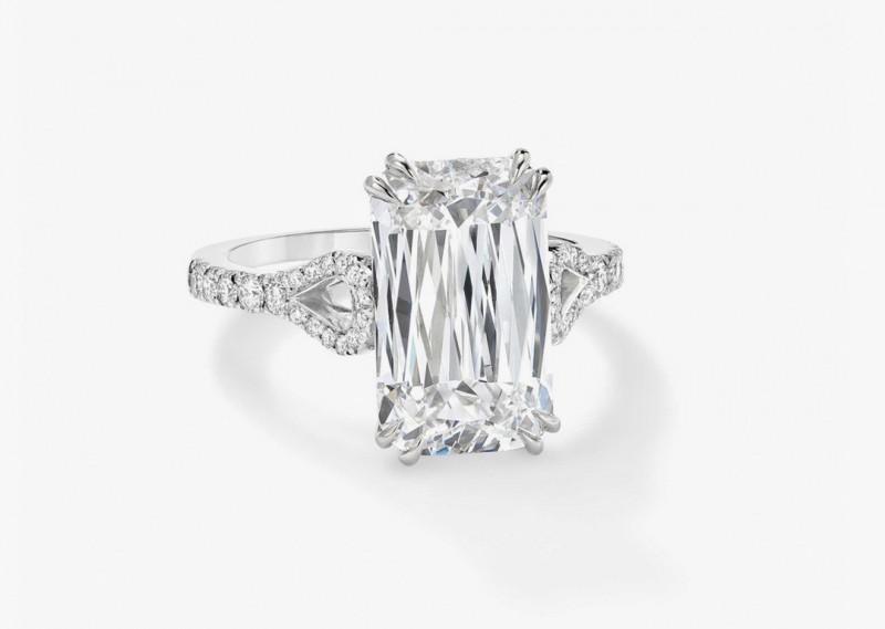 Платиновое кольцо с бриллиантом весом 8,34 карата в огранке «Ашока» от Boodles