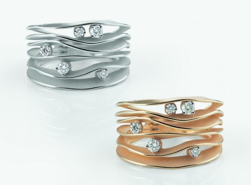 Кольца Dune, сочетающие матовое и глянцевое золото с бриллиантами