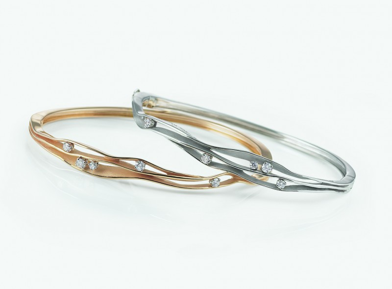 Тонкие золотые браслеты Dune из золота с бриллиантами