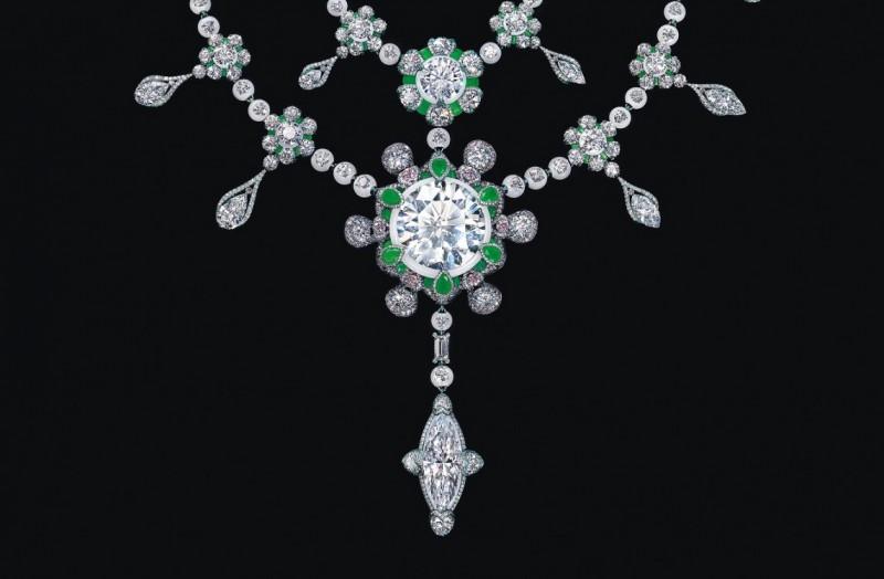 Колье Heritage in Bloom с центральным бриллиантом весом 104 карата