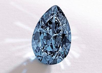 Голубой бриллиант Zoe весом 9,75 карата стоимостью 32,6 миллиона долларов