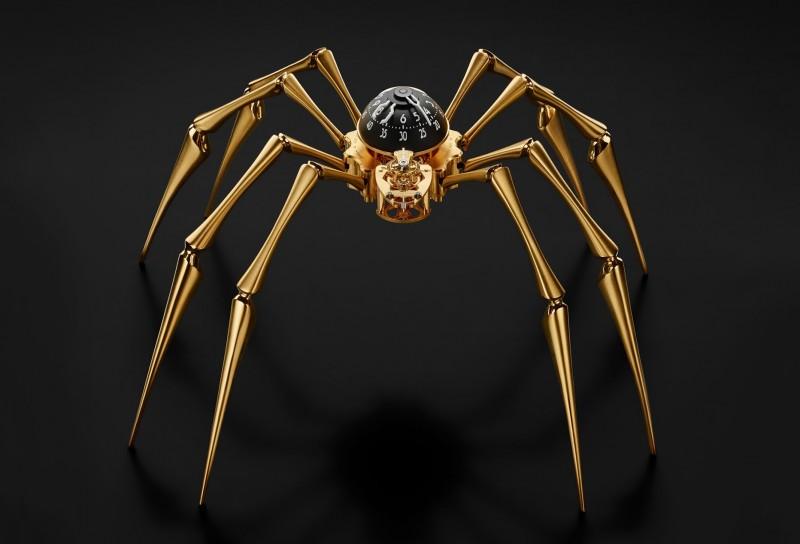 Часы Arachnophobia в золотом цвете