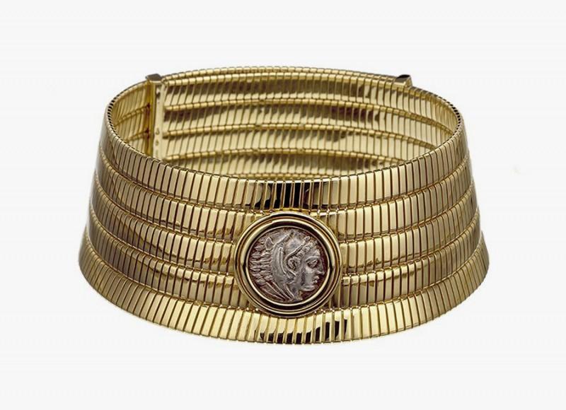 Золотое колье-чокер Bulgari