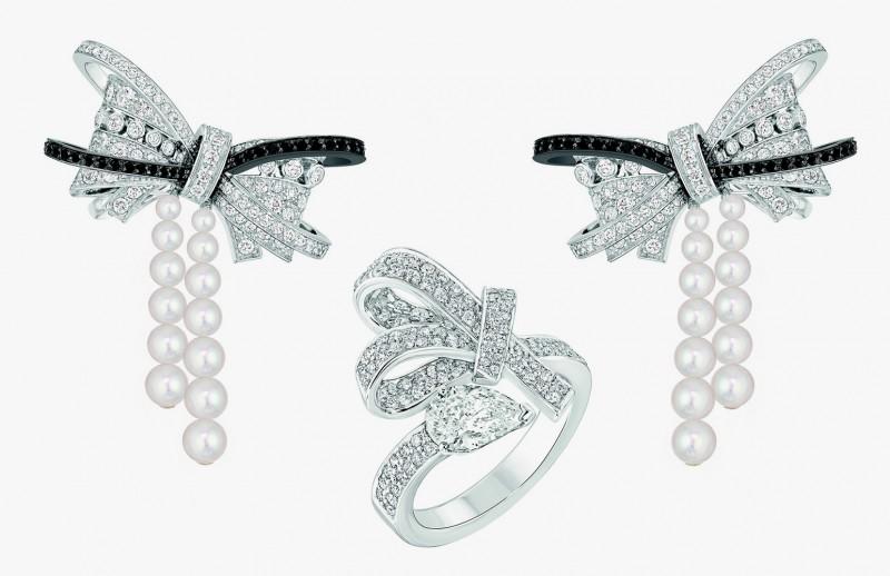 Серьги и кольцо из коллекции Les Intemporels от Chanel