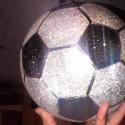 Бриллиантовый мяч за 250 000 долларов