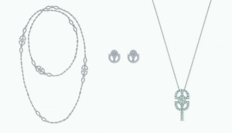 Сатуар, серьги и подвеска с бриллиантами от Harry Winston из коллекции Art Deco