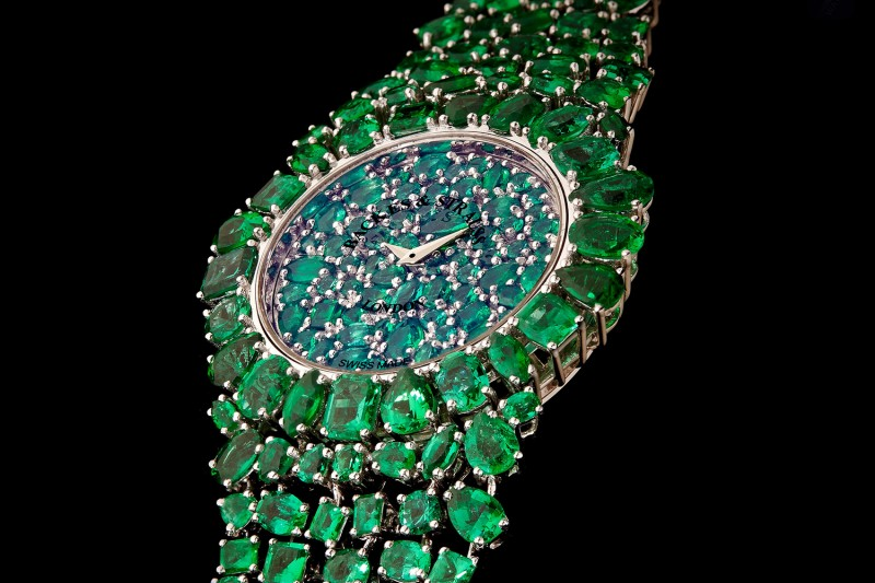 Piccadilly Princess Royal Emerald Green украшены 245 изумрудами Gemfields
