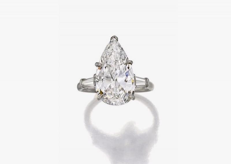 Кольцо Harry Winston с грушевидным бриллиантом 4,35 карата