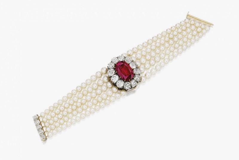 Жемчужный браслет с бирманским рубином