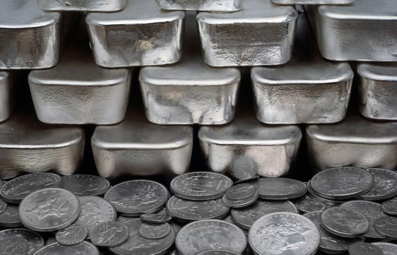 С древних времён из серебра делали деньги