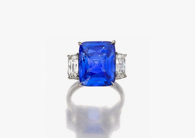 Кольцо с сапфиром 12,26 карата и бриллиантами