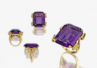Золотое кольцо с аметистом весом 60 карат, принадлежавшее Марлен Дитрих