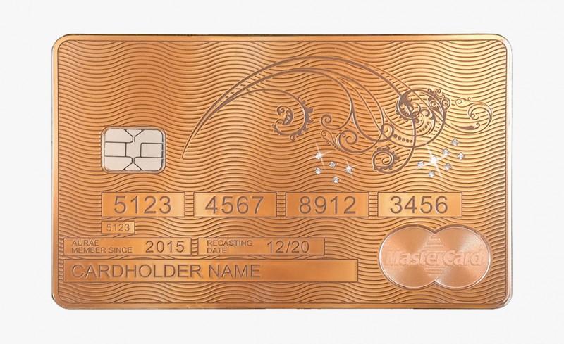 Solid Gold MasterCard Floral Whisper от Aurea