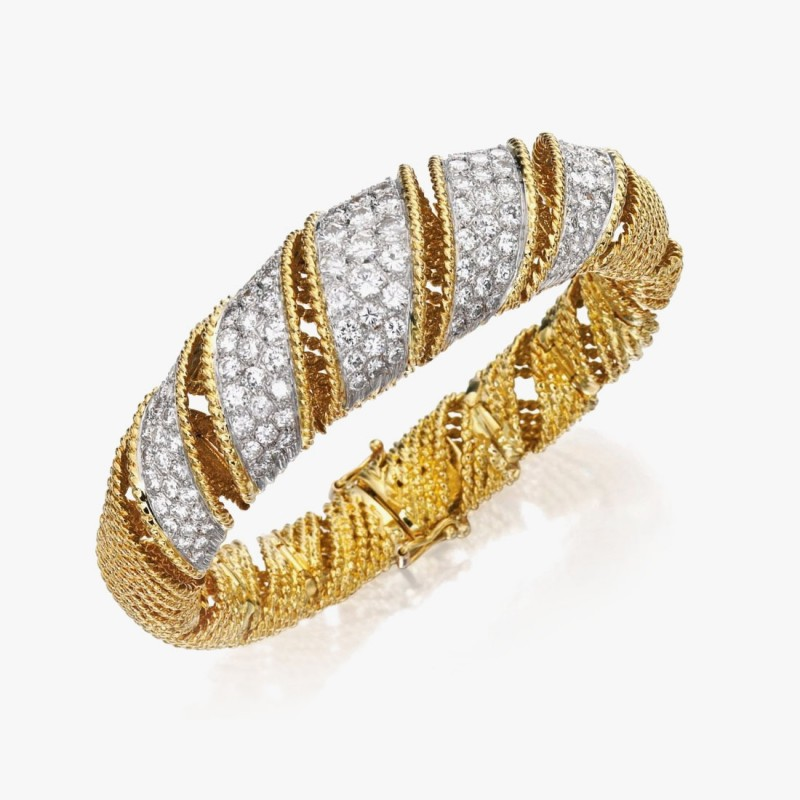 Золотой браслет от Tiffany & Co.