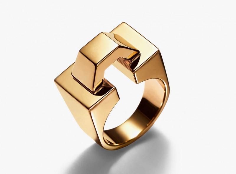 Кольцо из желтого золота от Tiffany