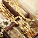 Как ухаживать за золотыми украшениями