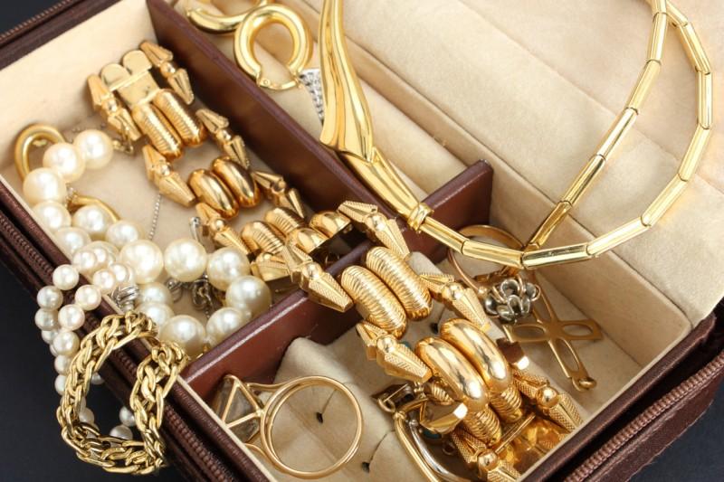 Бережное обращение — залог идеального состояния ваших любимых украшений