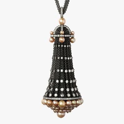 Кулон из звеньев с бриллиантами и жемчугом