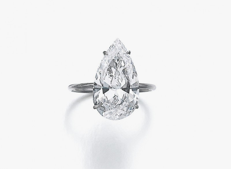 Кольцо с безупречным грушевидным бриллиантом весом 5,18 карата