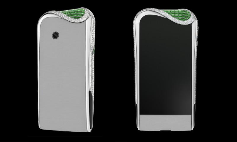 Смартфон Emerald Insane с 900 бриллиантами и 75 изумрудами, выпущенный Savelli при сотрудничестве с Gemfields