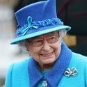 Её Величество возвращает моду на броши