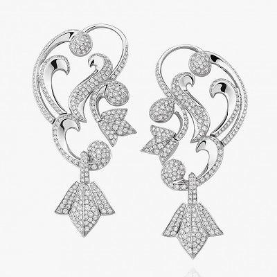 Каффы на уши из платины с бриллиантами от Mellerio
