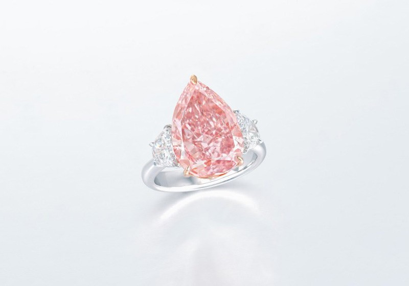 Кольцо с ярко-розовым бриллиантом весом 7,53 карата
