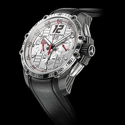 Часы Superfast Chrono Porsche 919 с автографом гонщика Марка Уэббера. Ориентировочная цена 9600–19 300 евро