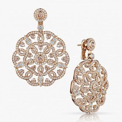 Золотые серьги с бриллиантами от Garrard