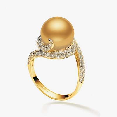 Кольцо с жемчужиной и бриллиантами от Mikimoto