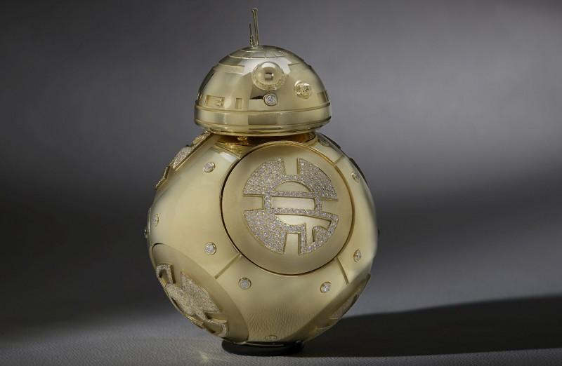 Дроид BB-8 из золота