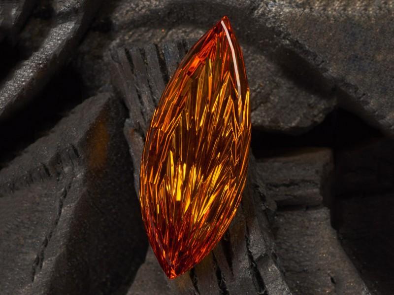 Цитрин Джона Дайер Internal Fire. Фото: Lichtblick Foto-Design