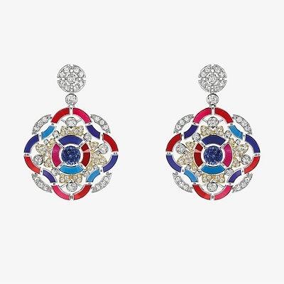 Серьги Chanel с танзанитами, бриллиантами и разноцветной эмалью из коллекции Les Talisman