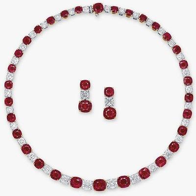 Колье и серьги с рубинами цвета «голубиная кровь» и бриллиантами