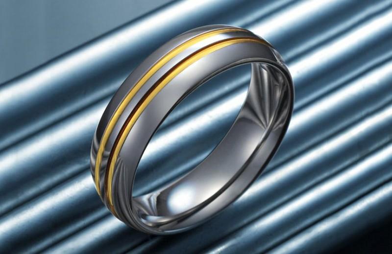 Кольцо из вольфрама. Фото: rnbjewellery.net