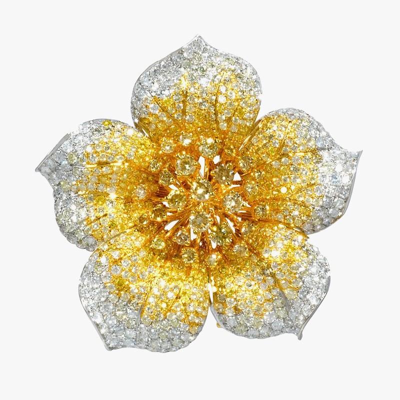 Бриллиантовая брошь-цветок от Firenze Jewels