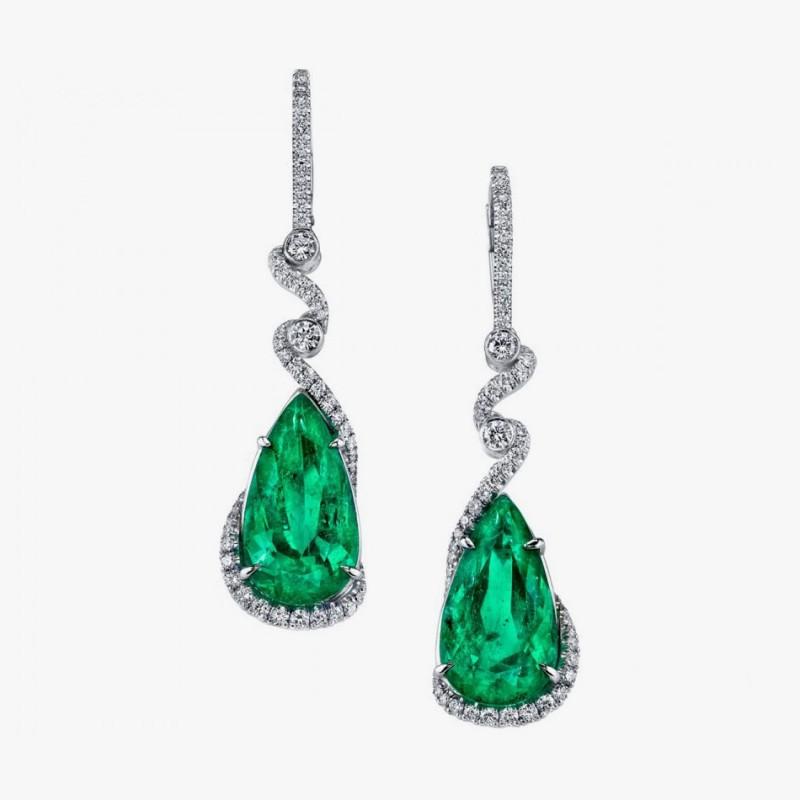 Серьги с изумрудами и бриллиантами от Omi Prive