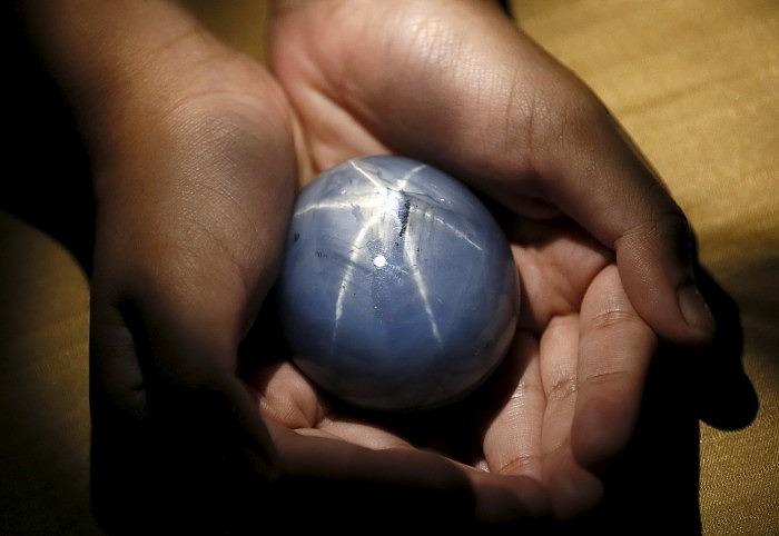 По словам владельца «Звезды Адама», стоимость камня может составить 175 миллионов долларов. Фото: Reuters