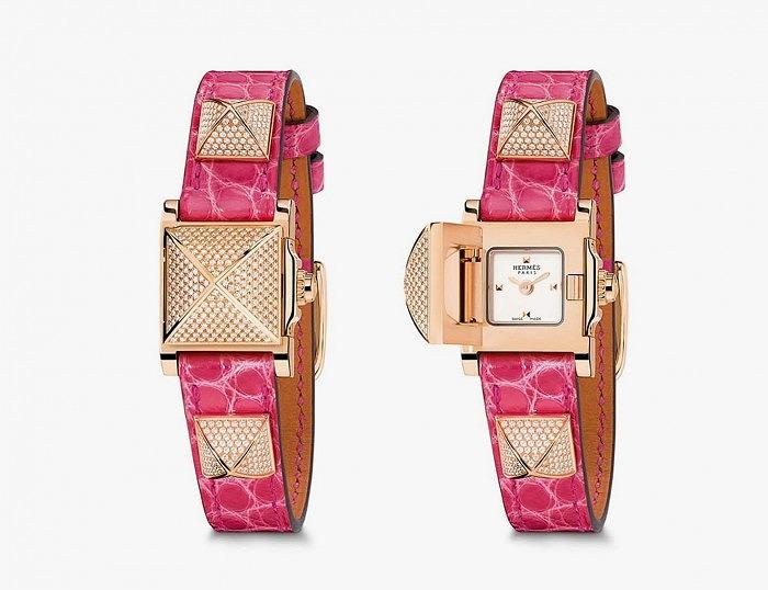 Часы Hermès Médor с ремешком розовой кожи с золотыми пирамидками, инкрустированными бриллиантами