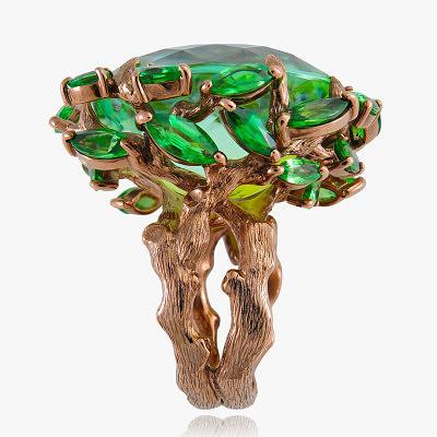Кольцо с цаворитами и зелеными турмалинами в оправе из золота, покрытого коричневым родием