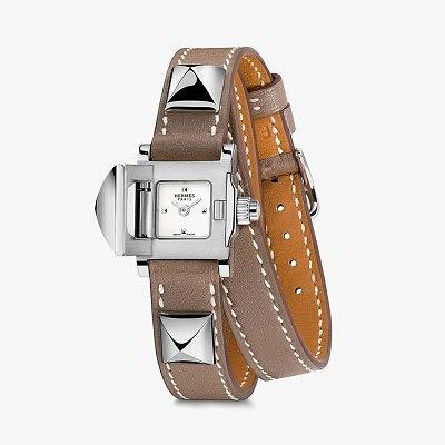 Часы Hermès Médor с двойным ремешком и стальными пирамидками