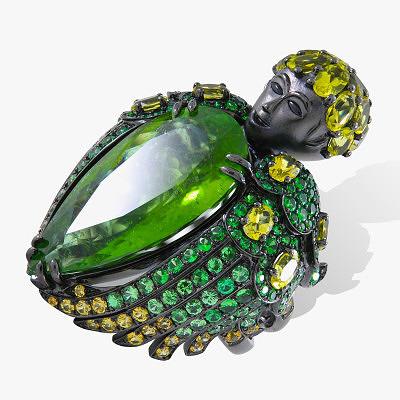 Кольцо из золота с черным родиевым покрытием, инкрустированное сапфирами, цаворитами и турмалинами