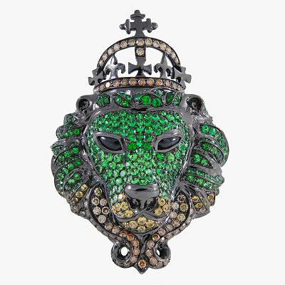 Кольцо с бриллиантами, сапфирами, цаворитами и ониксом в родированном золоте