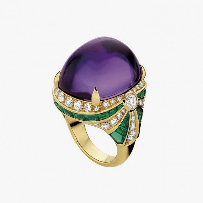 Кольцо из желтого золота от Bulgari