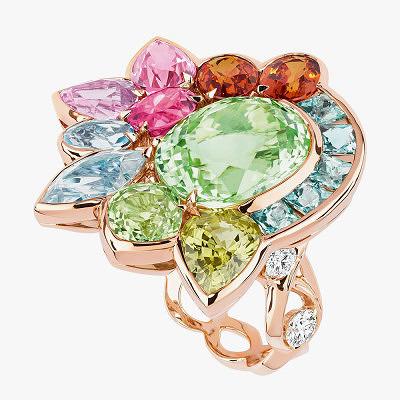 Яркое кольцо из коллекции Granville от Dior с турмалином в центре