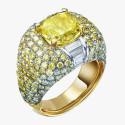 Кольцо из белого и желтого золота от Ann Lin