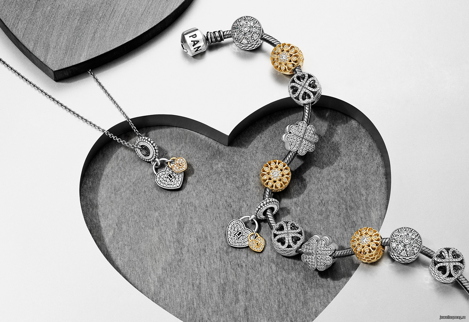 Советы 5 украшений для любимой на День всех влюблённых