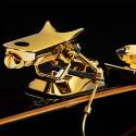 Покрытые золотом лыжи за 50 000 долларов