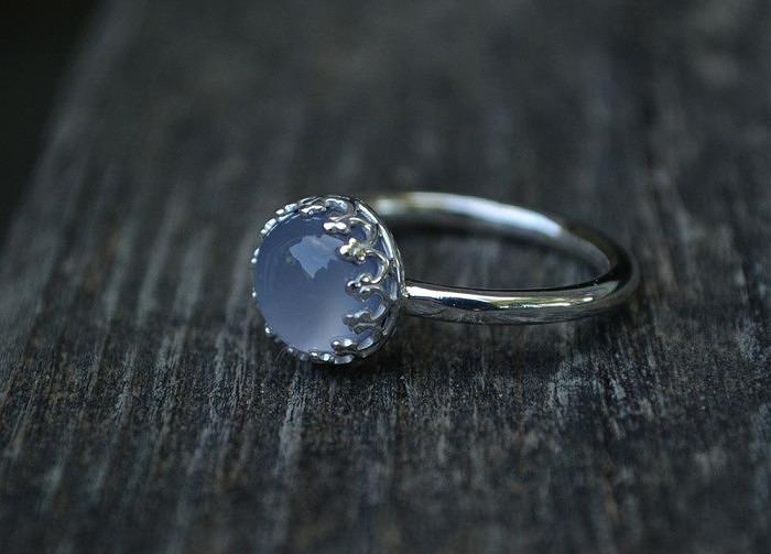 Серебряное кольцо с голубым халцедоном от MeShe Designs
