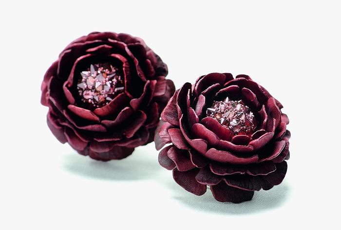 Серьги Hemmerle из алюминия с розовыми бриллиантами